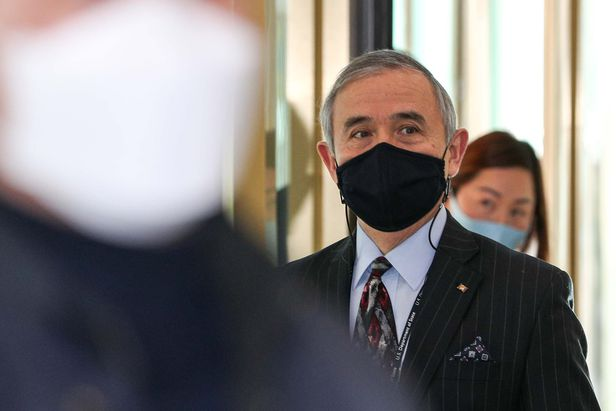 해리 해리스 주한미국대사가 지난 5일 서울 종로구 외교부 청사에 들어서고 있다./뉴시스