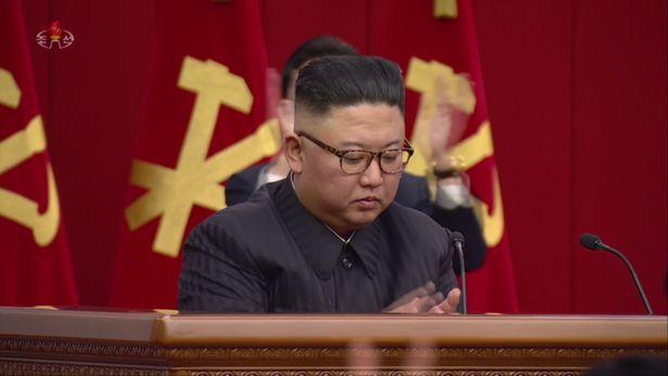 [서울=뉴시스]북한 조선중앙TV가 지난 15일 김정은 국무위원장 주재로 노동당 중앙위원회 제8기 제3차 전원회의를 열었다고 16일 보도했다. (사진=조선중앙TV 캡처) 2021.06.16. photo@newsis.com