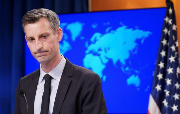 17일(현지시각)네드 프라이스 미 국무부 대변인이 북한 해커들의 범행에대해 언론브리핑을 하고있다./로이터 연합뉴스