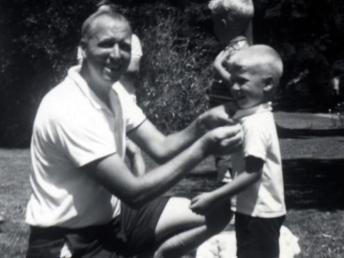 아버지 윌리엄 게이츠 시니어와 어린시절 빌 게이츠/게이츠 노트