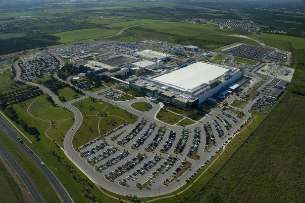 텍사스 오스틴에 있는 삼성전자 반도체 공장 전경. 오스틴은 코로나 팬데믹 중에도 사무실 공실률이 거의 줄지 않은 유일한 미 대도시로 꼽힐 정도로 기업들이 몰리고 있다. /삼성전자