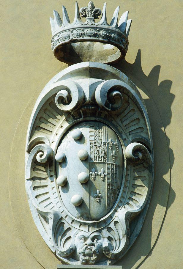 /게티이미지 이탈리아 피렌체에는 메디치 가문을 상징하는 조각상이 건물 곳곳에 남겨져 있어 아직도 메디치 가문의 흔적을 찾아볼 수 있습니다.